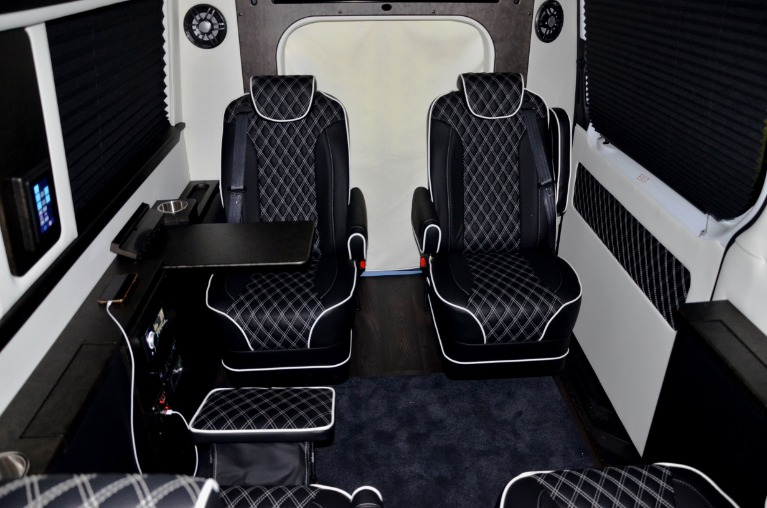 New 2019 Mercedes-Benz 170 EXT Day Cruiser Arched 3500XD for sale Sold at Iconic Sprinters in Fort Worth TX 76106 4