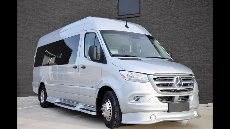 New 2019 Mercedes-Benz 170 Club J 3500XD for sale Sold at Iconic Sprinters in Fort Worth TX 76106 4