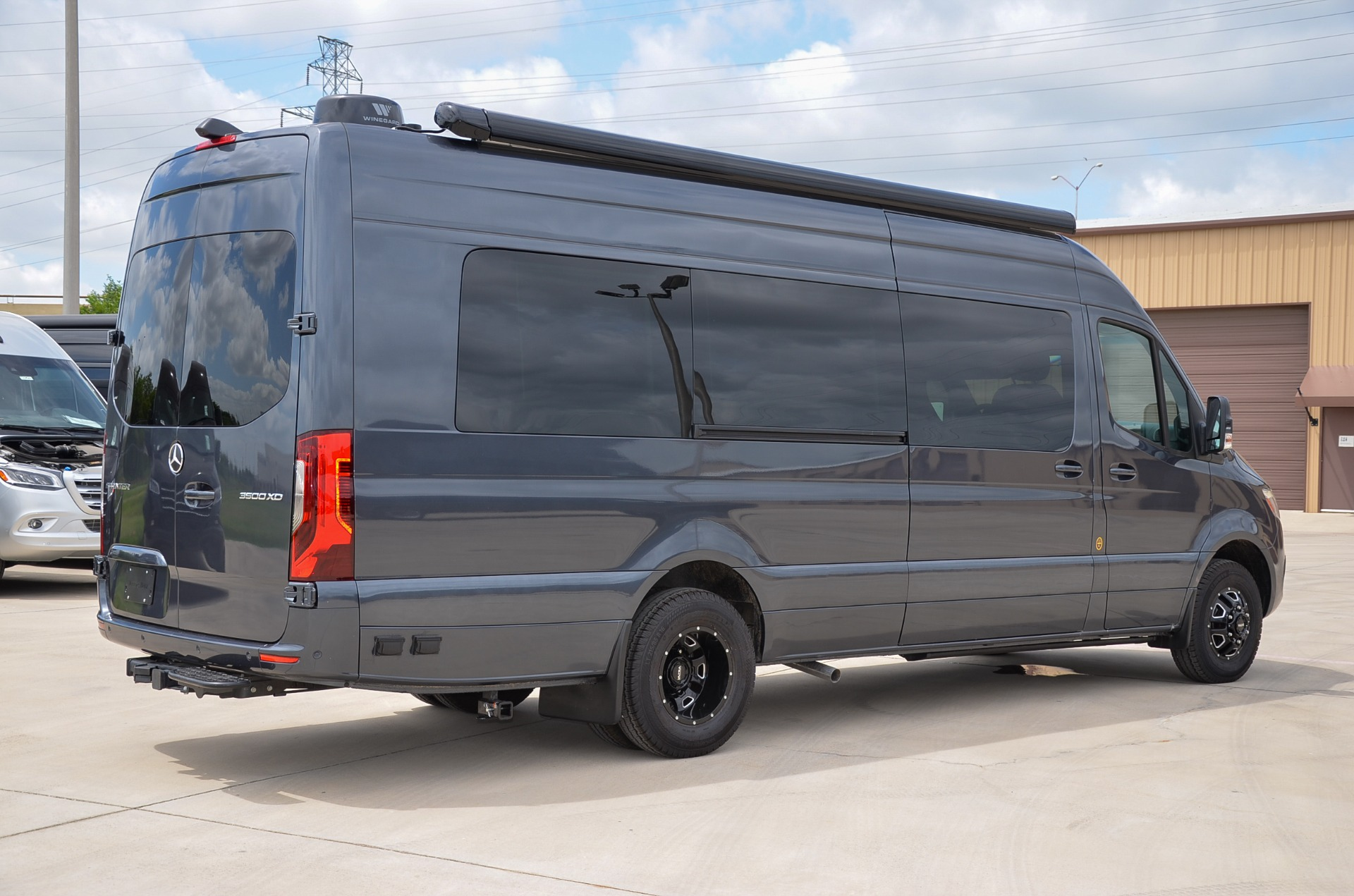 New 2019 Mercedes-Benz Iconic Presidential Lounge 170 EXT 3500 for sale Call for price at Iconic Sprinters in Fort Worth TX 76106 1