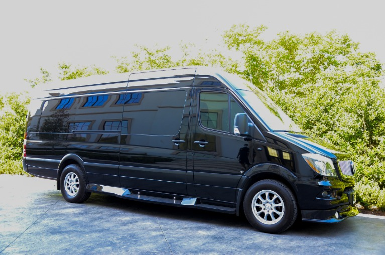 Used 2017 Mercedes-Benz Sprinter Business Class 3500 Extended for sale Sold at Iconic Sprinters in Fort Worth TX 76106 3