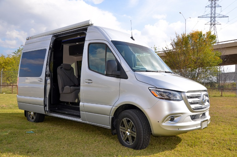 New 2020 Mercedes-Benz Sprinter 144 Metro DayLounge D6 Open Partition 2500 for sale Call for price at Iconic Sprinters in Fort Worth TX 76106 4
