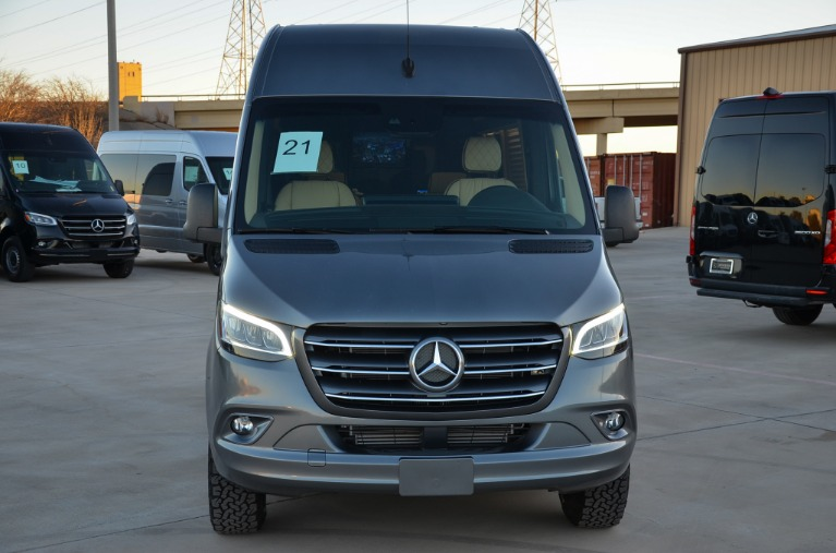 Used 2021 Mercedes-Benz 144 Ultimate Toys Commuter 2500 for sale Call for price at Iconic Sprinters in Fort Worth TX 76106 3